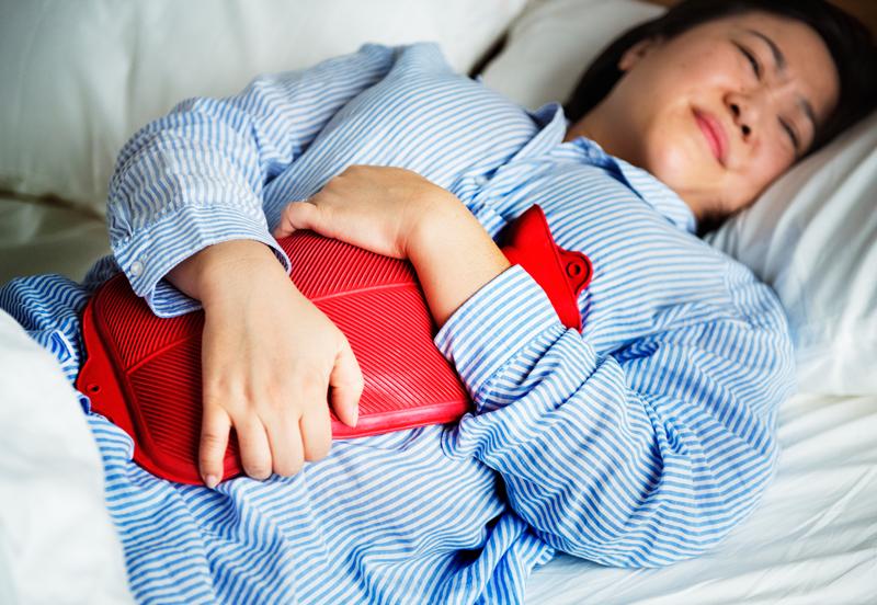 dureri menstruale violente